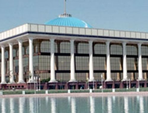 Deveaux conducts evaluation of EU project with the Uzbekistan Parliament